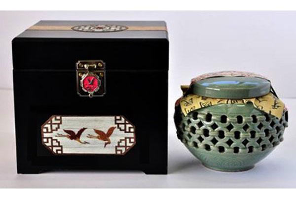 Cao hồng sâm Hoàng Đế hộp 1kg