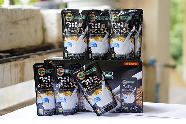 Sữa óc chó đỗ đen hạnh nhân Vegemil Hàn Quốc 190ml