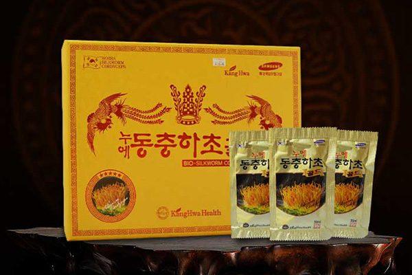Đông trùng hạ thảo Hàn Quốc hộp gỗ vàng 60 gói